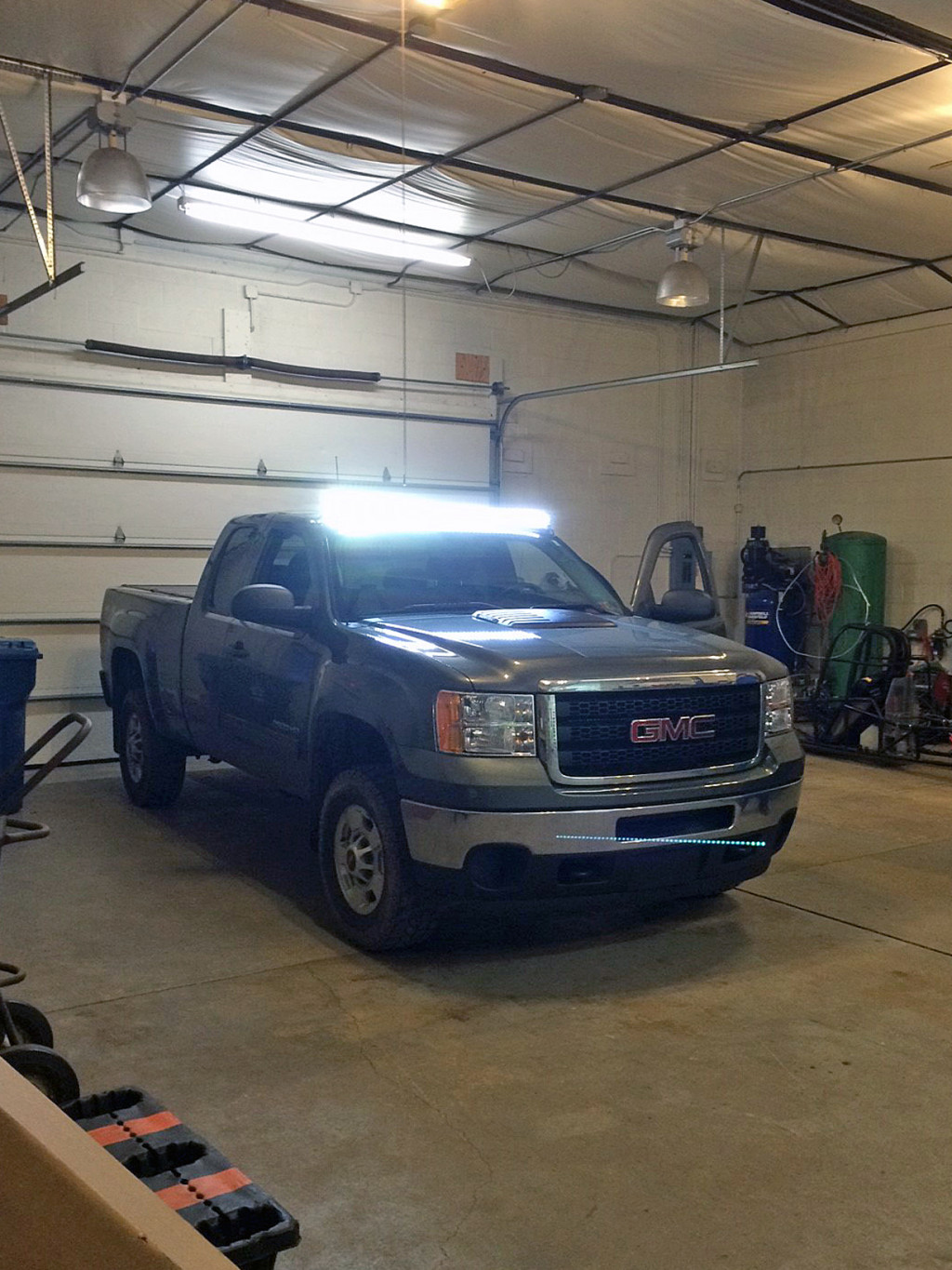 Putco Luminix Light Bar instructions Lighbar LED Installation install installed on GMC Sierra Chevy Silverado by Global High Performance Best wholesale auto parts distributor exporter