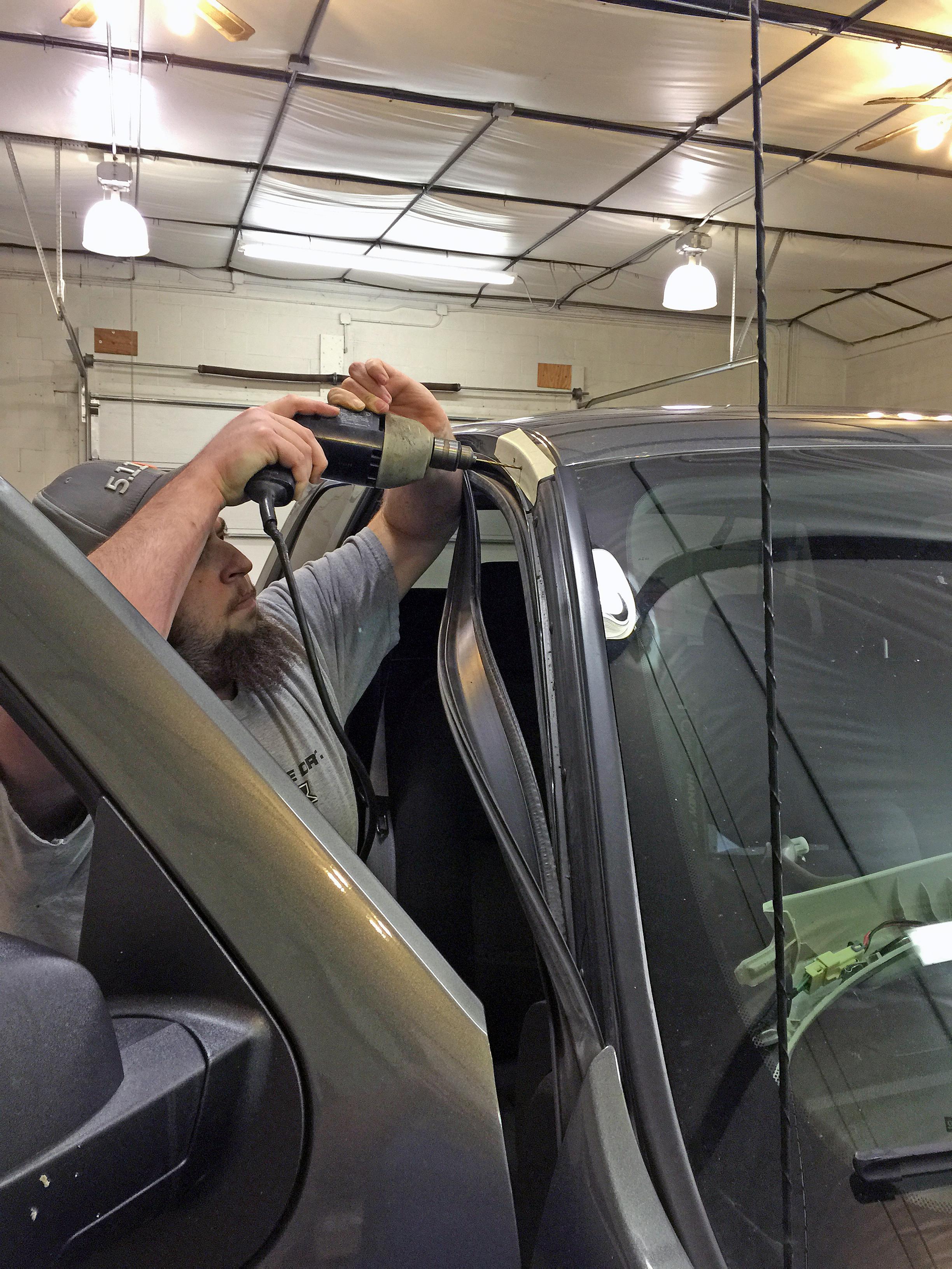 Putco Luminix Light Bar Lighbar LED Installation install installed on GMC Sierra Chevy Silverado by Global High Performance wholesale auto parts distributor exporter Ryan Ohrt GHP