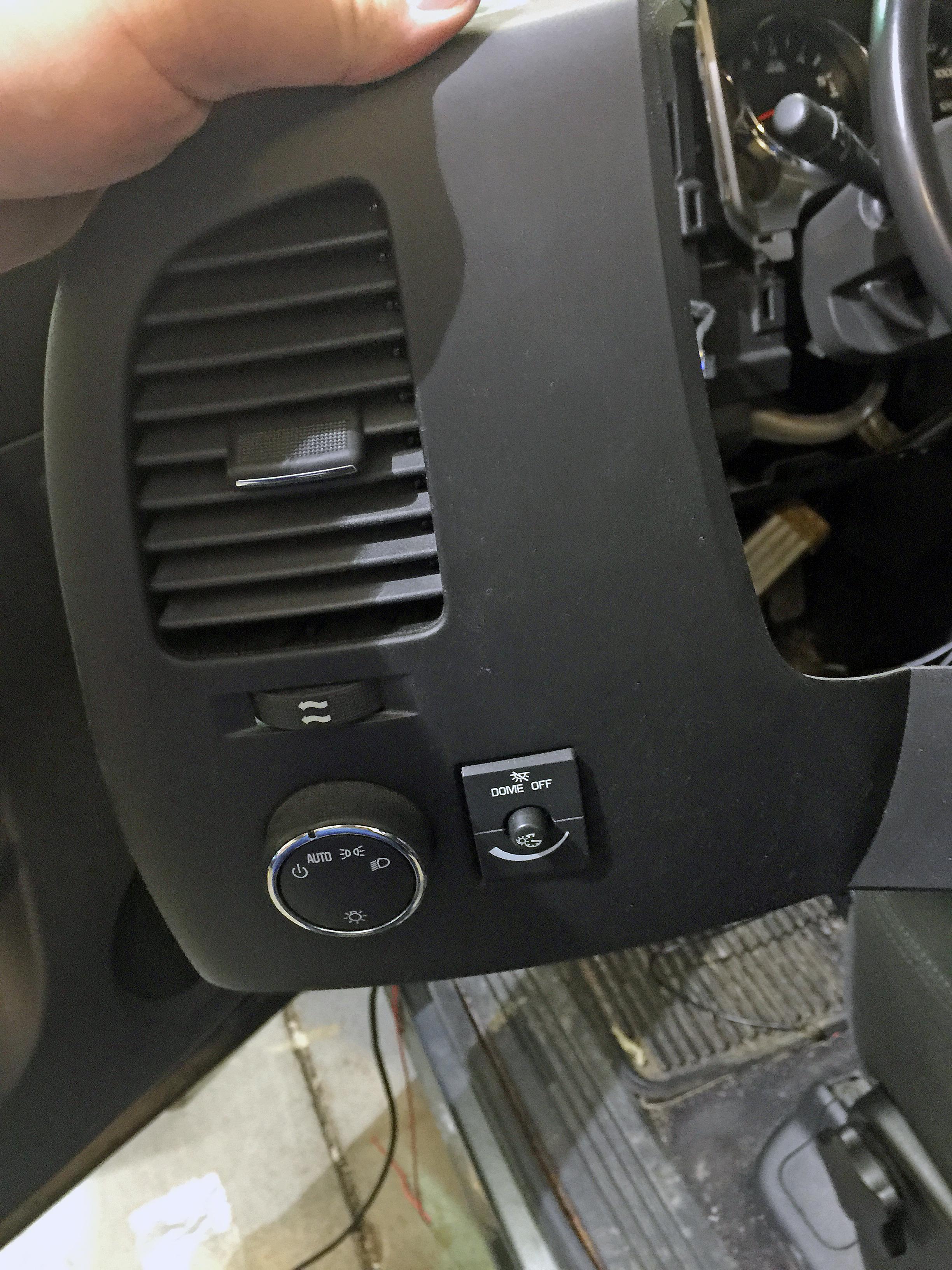 Putco Luminix Light Bar Lighbar LED Installation install installed on GMC Sierra Chevy Silverado by Global High Performance Best wholesale auto parts distributor exporter international