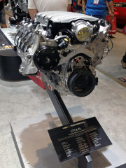 Chevrolet Performance LT1 crate engine 6.2L SEMA 2014 Global High Performance